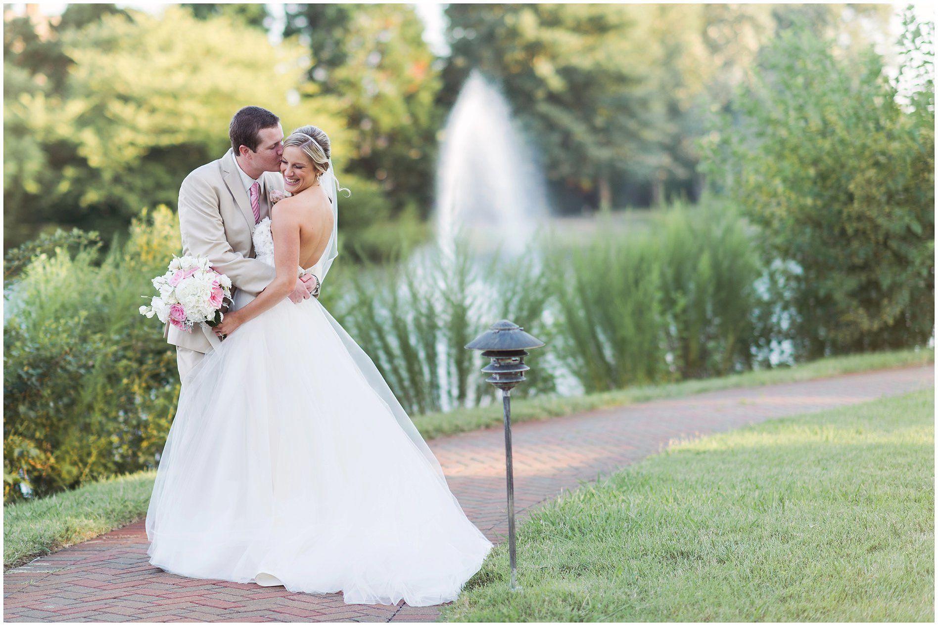 Wedding venues in virginia beach va  Mary Jo u Matt A Founders Inn Wedding  Virginia Beach Photographer