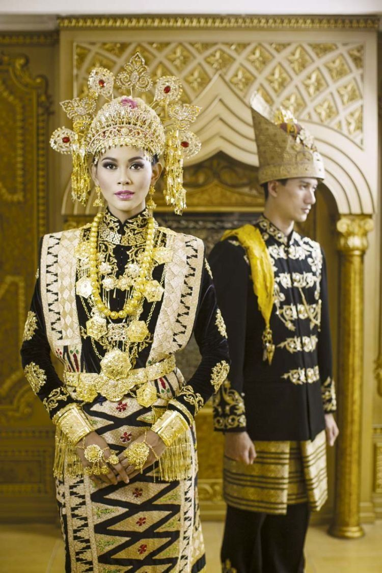 Pakaian Adat Tradisional Nusa Tenggara Timur