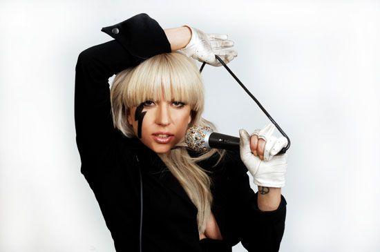 Google Image Result For Http 1 Bp Blogspot Com Jhk9jywk 3m Soaerozmrwi Aaaaa Lady Gaga Lady Gaga Poker Face Poker Hand