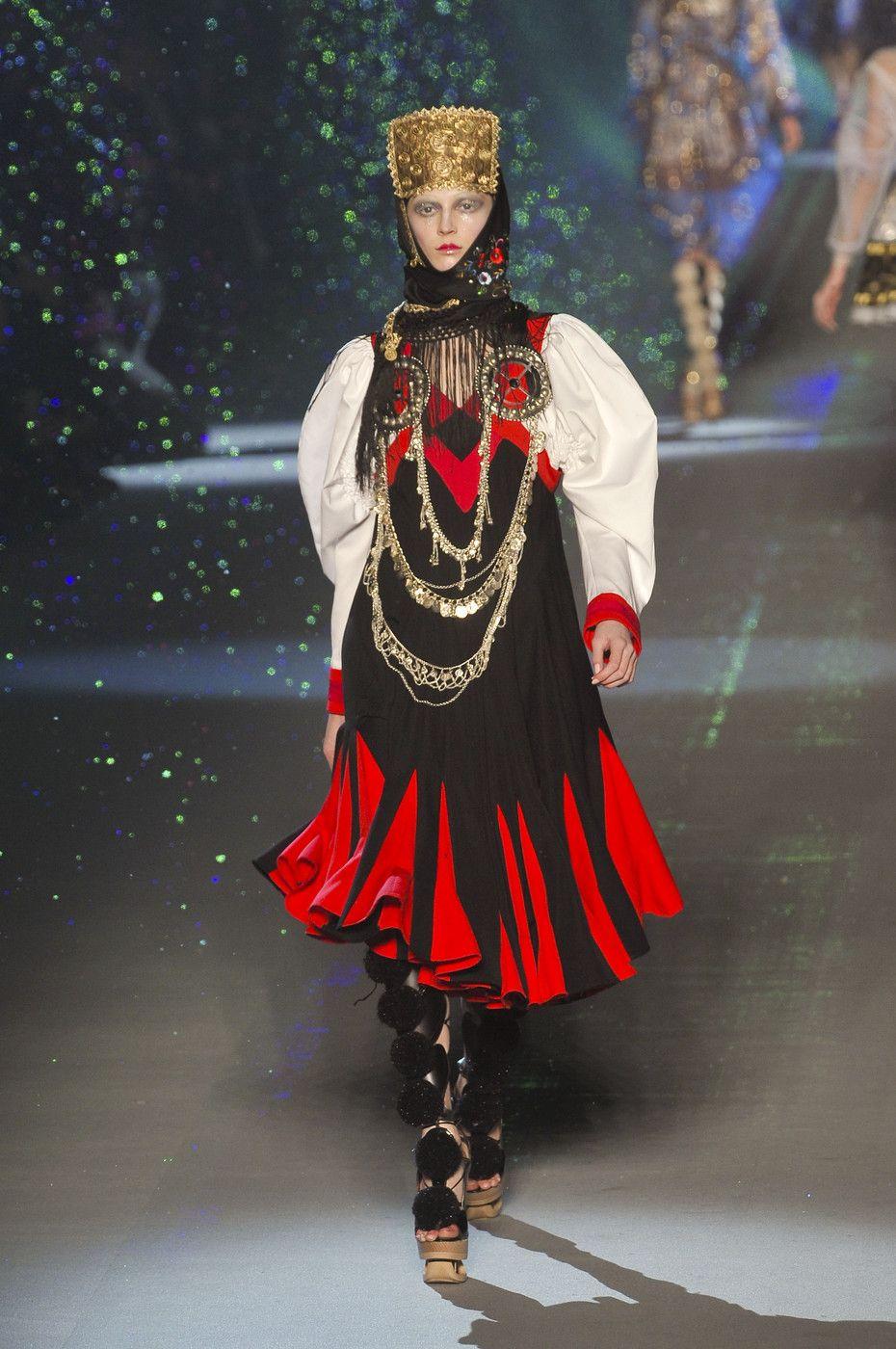 John Galliano Russian Inspired Fall Winter 2009 Ready-to-Wear