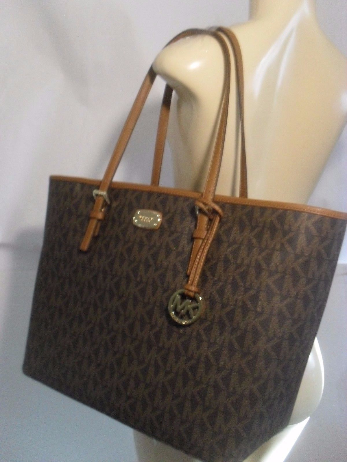 Looks - Kors Michael bags black and brown pictures video