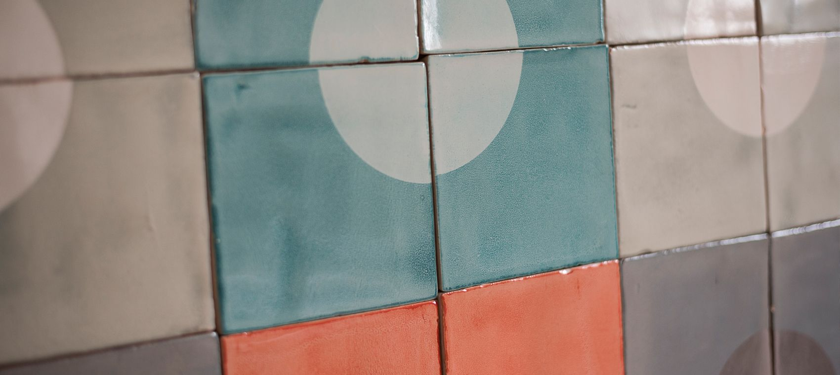 Ceramic wall tiles with screen-printed glazes. We offer our ceramic ...