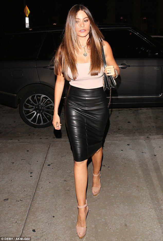 Sofia Vergara is a beauty in blush and leather for dinner in Weho ...