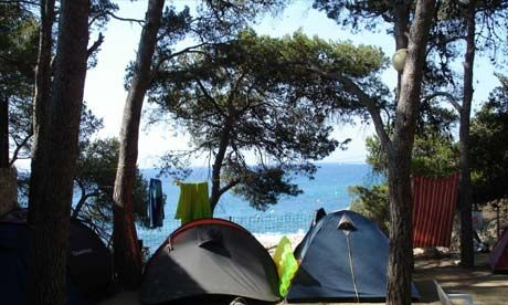 10 Places To Camp By The Beach Camping Locations Places To Go Camping Experience