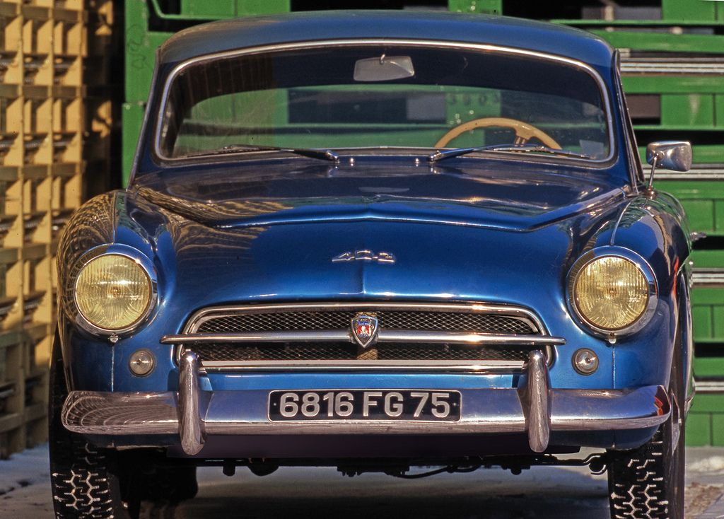 peugeot 403 darl 39 mat peugeot rare and weird models pinterest peugeot voitures anciennes. Black Bedroom Furniture Sets. Home Design Ideas
