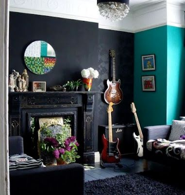 Love Hte Black Walls And Fireplace With White Above And The Turquoise Wall Gothic Decoration Ideas Decoration Ideas Gothic Decoration Home Decor