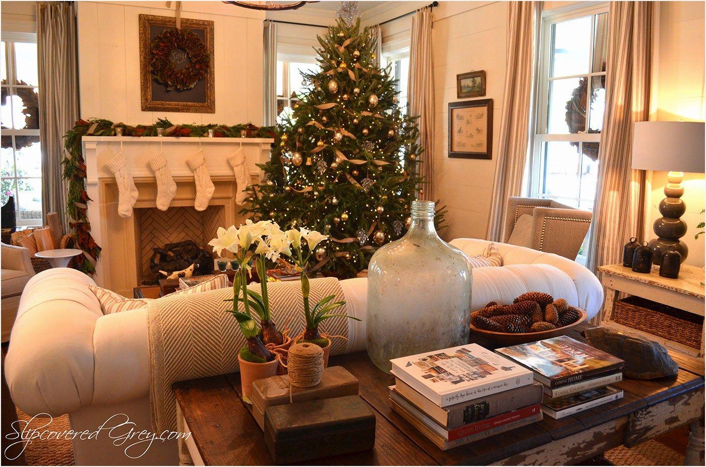 19 Festive Christmas Living Room Decor Ideas Elegant Christmas Decor Red Christmas Decor Christmas Decorations Living Room