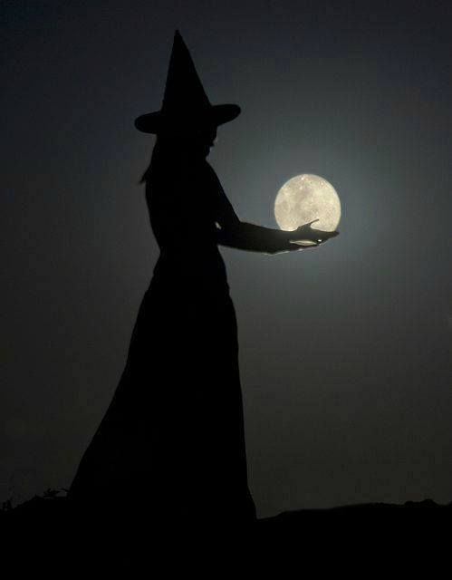 Elphaba and the moon