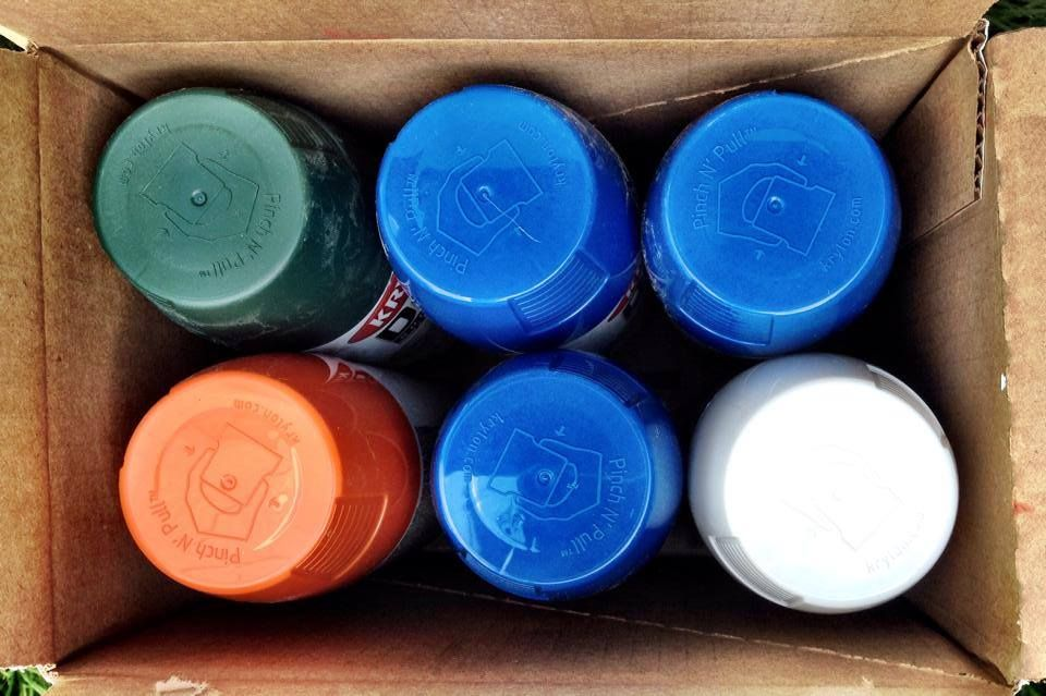 Find Yourself Dealing With Clogged Spray Can Tips Turn The Can Upside Down And Spray For 5 Seconds After Every Use Tip Spray Paint Tips Spray Painting Spray Paint Cans