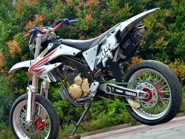 Modifikasi Yamaha Scorpio Supermoto Bike