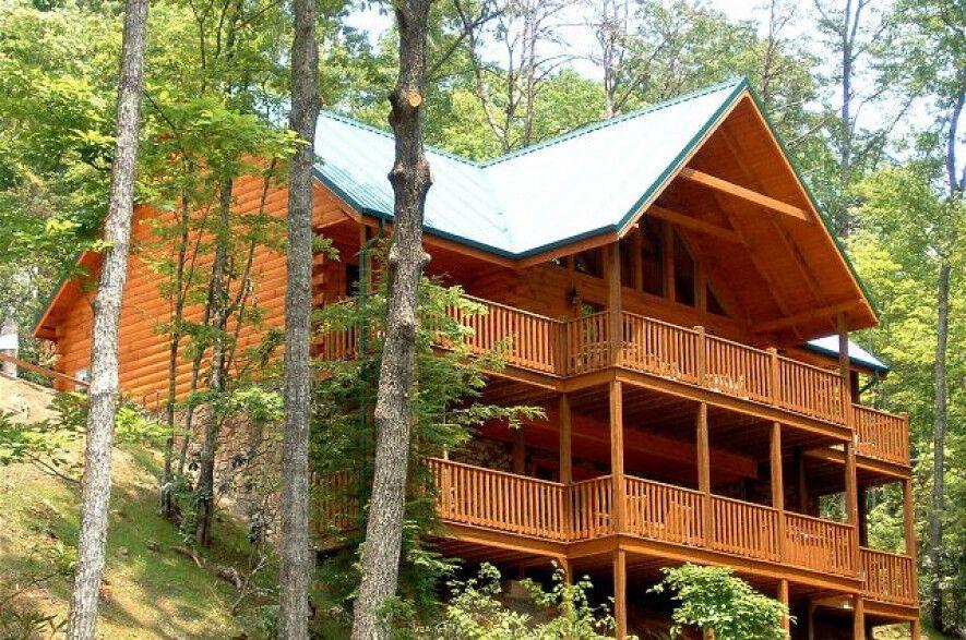 Find A Large Cabin Rental In Gatlinburg Pigeon Forge Tn Cabins In Gatlinburg Tn Chalets In Gatlinburg Gatlinburg Cabins