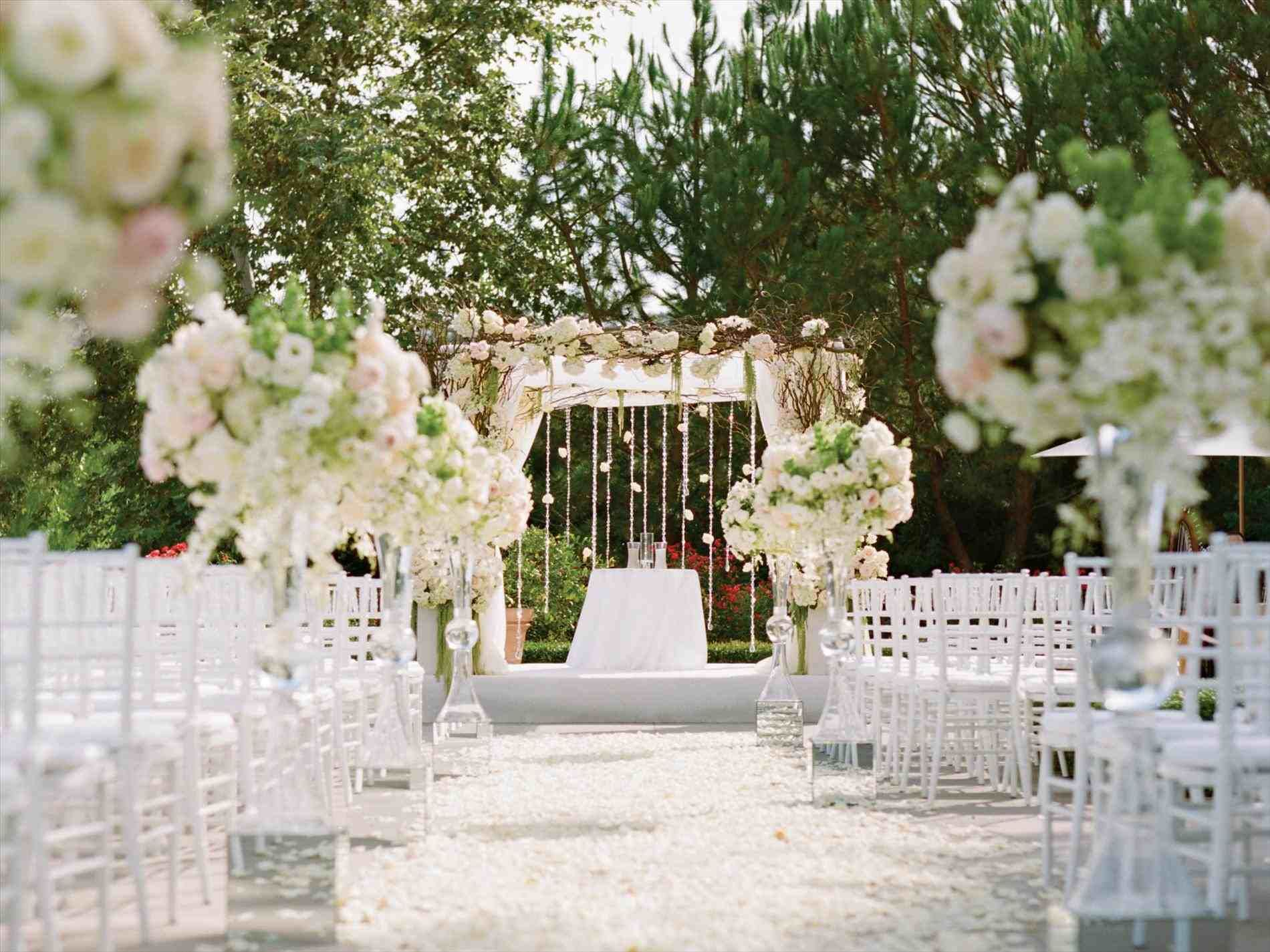 New Post Modern Wedding Ceremony Decor Visit Bobayule Trending Decors