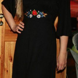 c991bbf0b30 Kaunis muhu tikandiga kleit/tuunika M/L suurusele! | muhu tikand ...