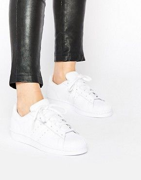 outlet store e739d feddf adidas Originals Superstar Foundation White Trainers