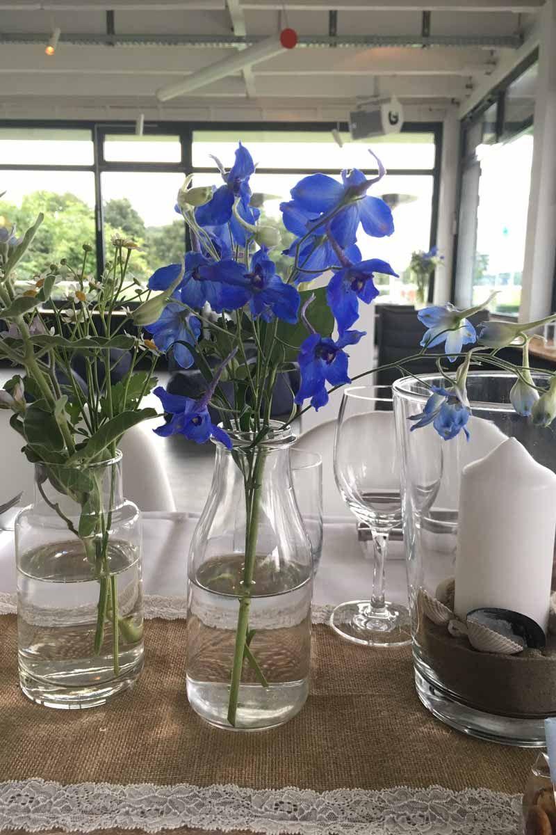 Blau Weisse Tischdekoration Mit Jutelaufer Und Spitze