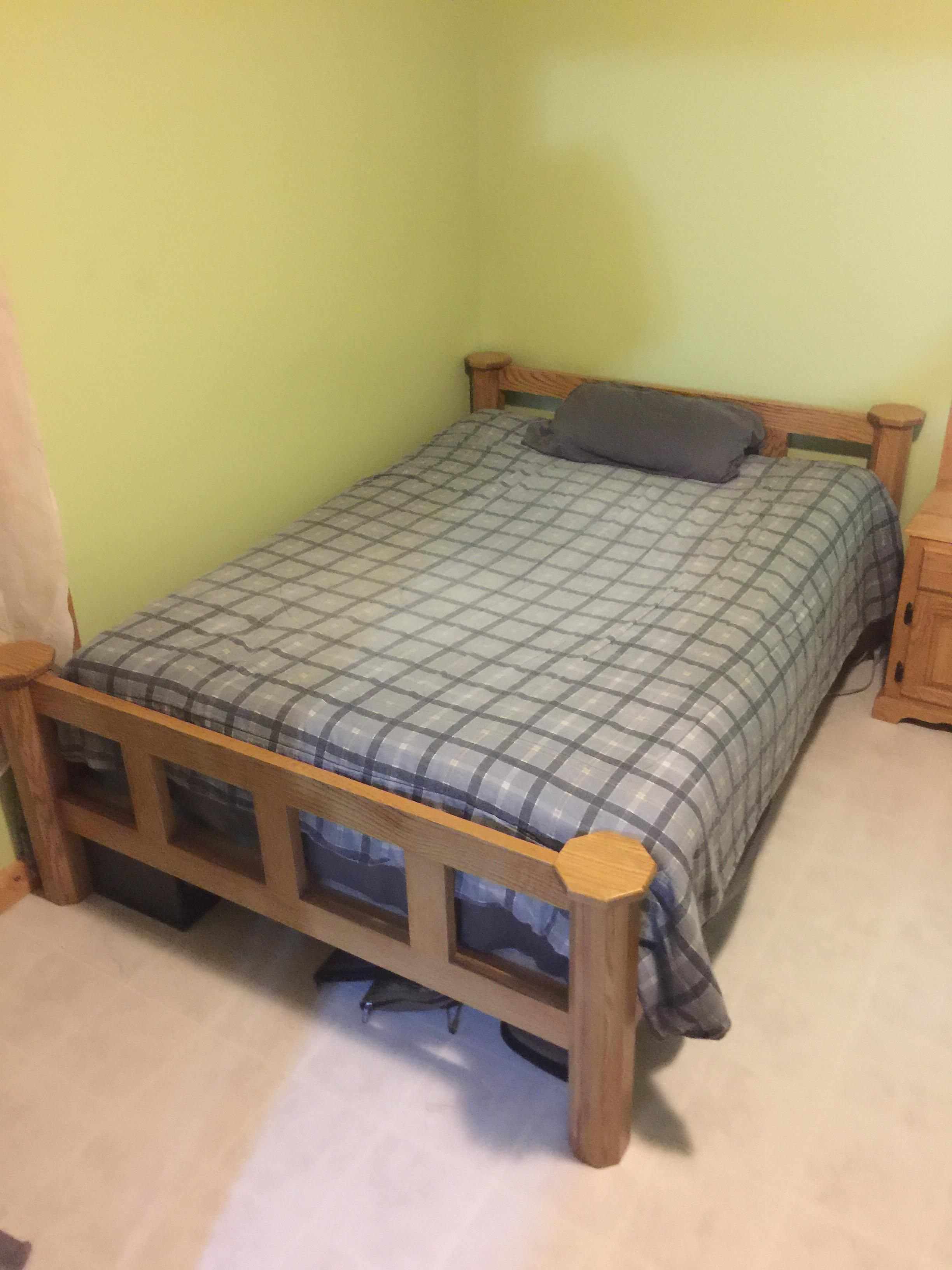 My Second Project A Red Oak Bed Frame To Finish My Bedroom Set Http Bit Ly 2xadrg9