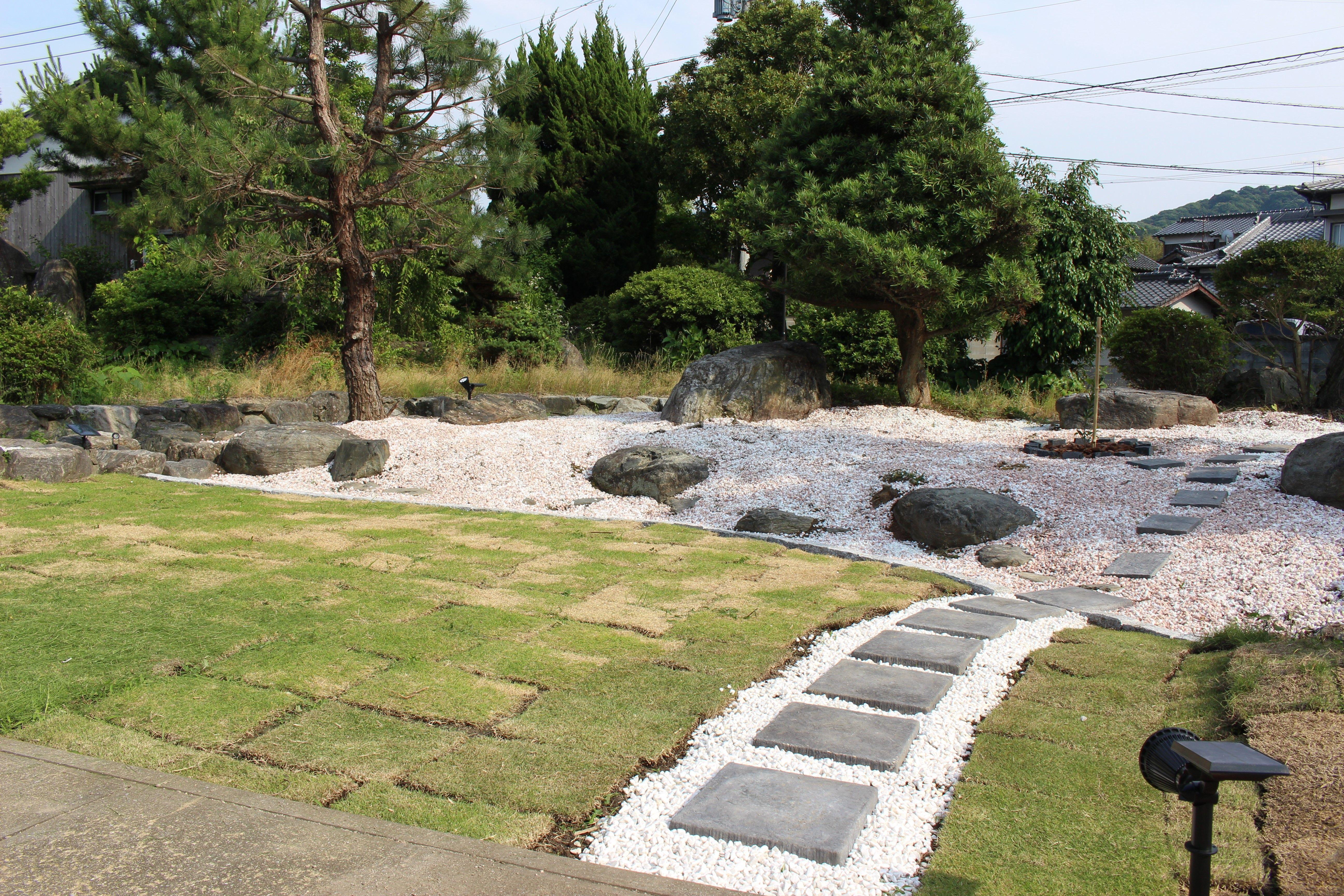 Diyで庭造り 荒れた雑草と木々を伐採し芝生と砂利で日本庭園風に Vol