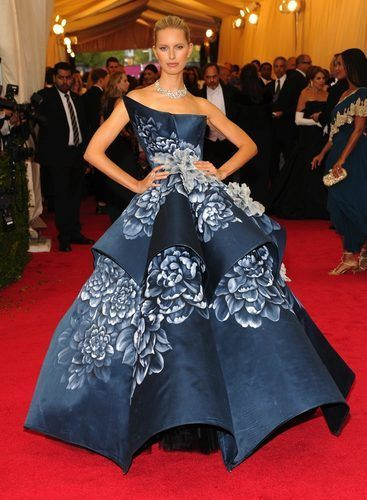Gowns! White Tie! Gloves! All the Looks From the 2014 #MetBall ...