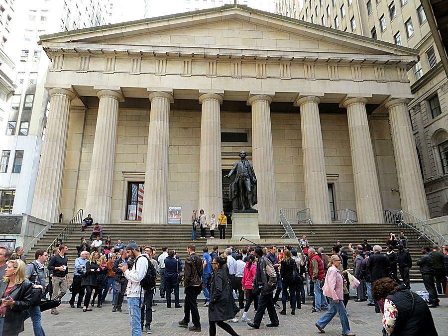 Federal Hall National Memorial With Statue Of George Washington 26 Wall Street New York City The Memorial Was Establishe New York Travel New York City City