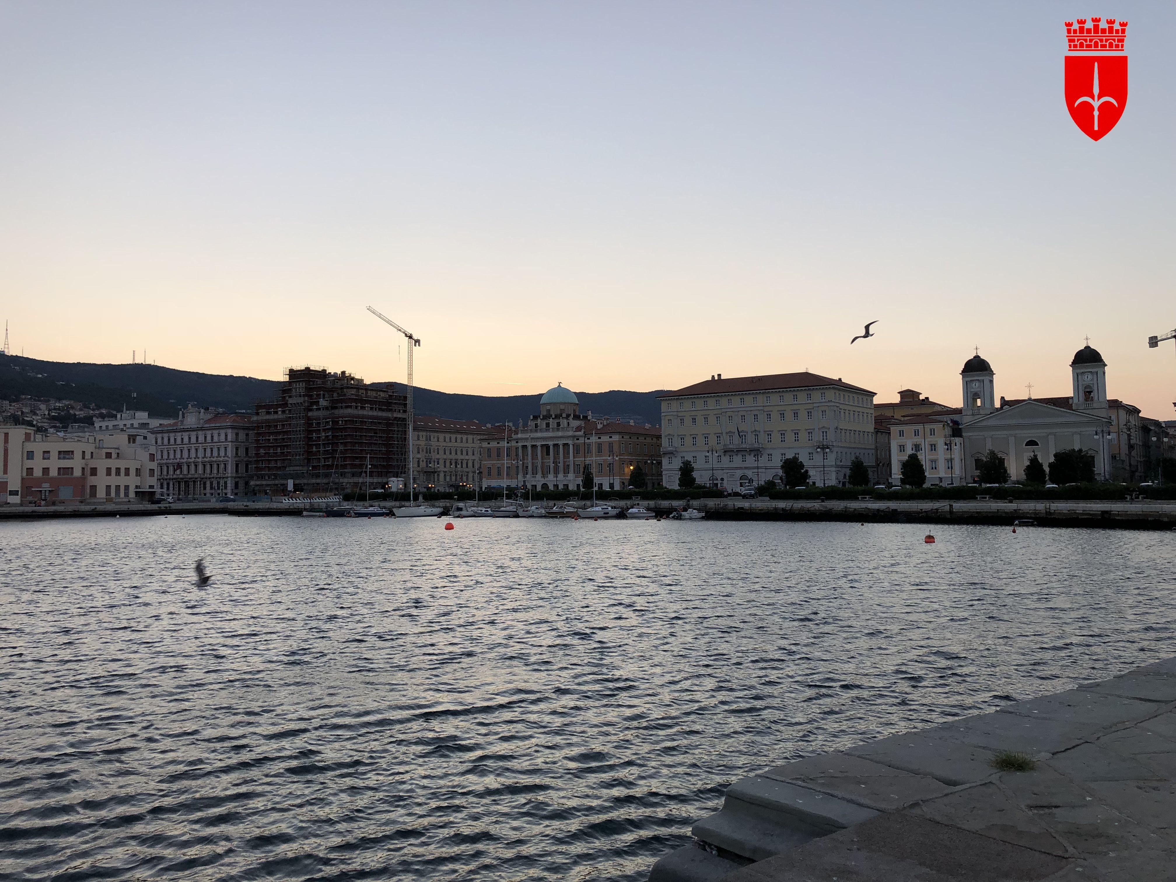 Alba sul Molo Audace Trieste