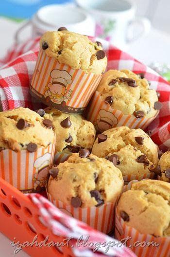 Assalamualaikum Muffins For Breakfast Rasanya Wangi Dan Manis Sedang Sedang Aje Simple Dan Mengenyangkan Chocolate Chip Muffins Memanggang Kue Kue Lezat