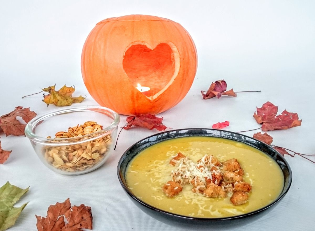 Slimming world syn free pumpkin soup recipe spiced roasted seeds slimming world syn free pumpkin soup recipe spiced roasted seeds snack forumfinder Images