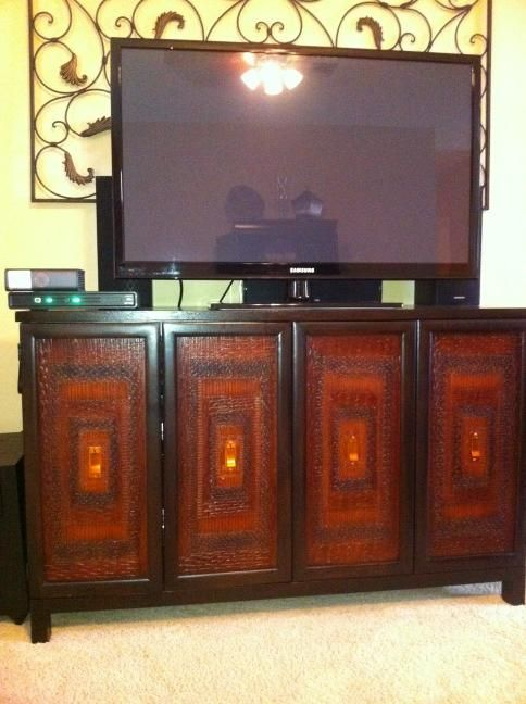 I have this same TV console I was inspired to paint the wall
