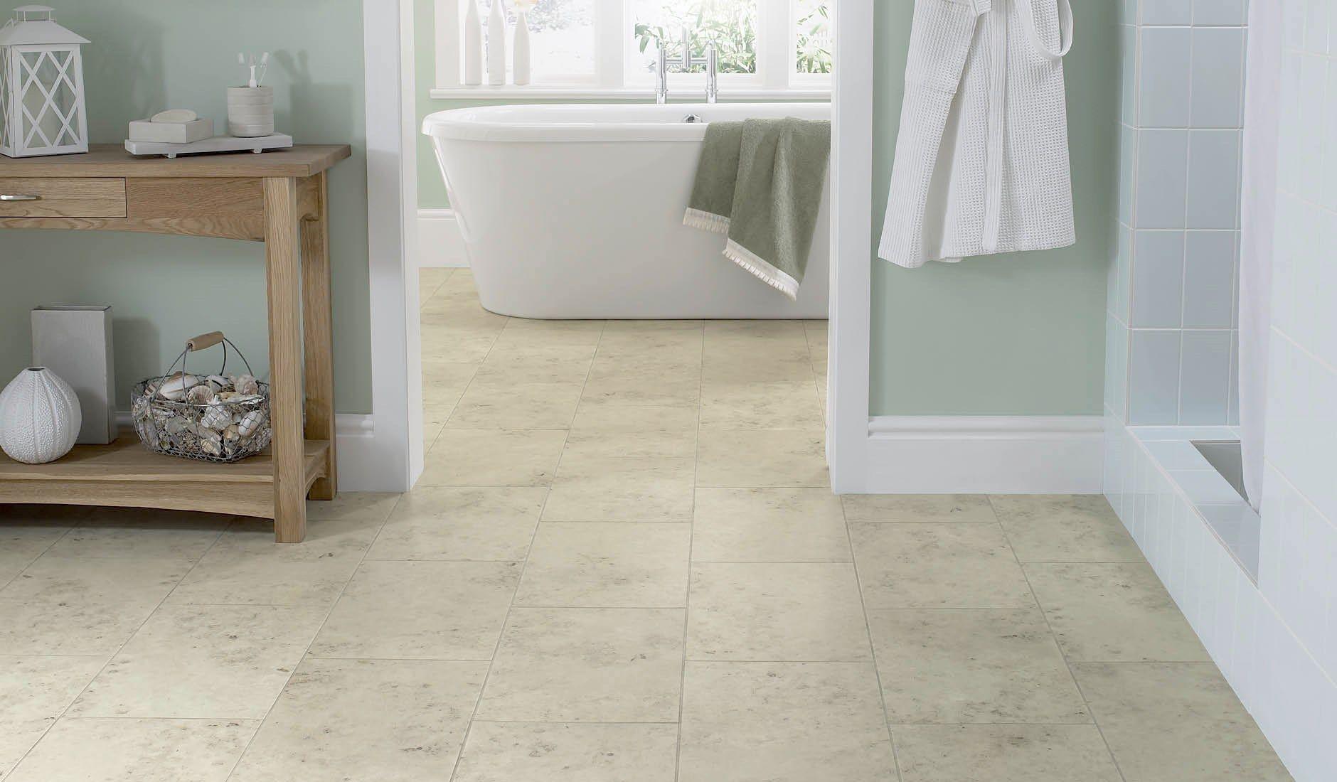 Stone Floor Tiles Jura Grey In A Bathroom Jpg 1880 1100 Bodenbelag Fur Badezimmer Badezimmerboden Steinboden