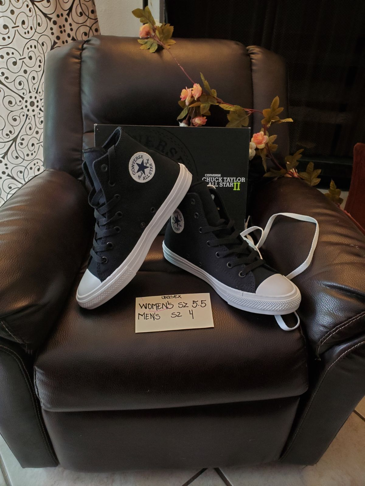 converse with box Fit women size 5.5