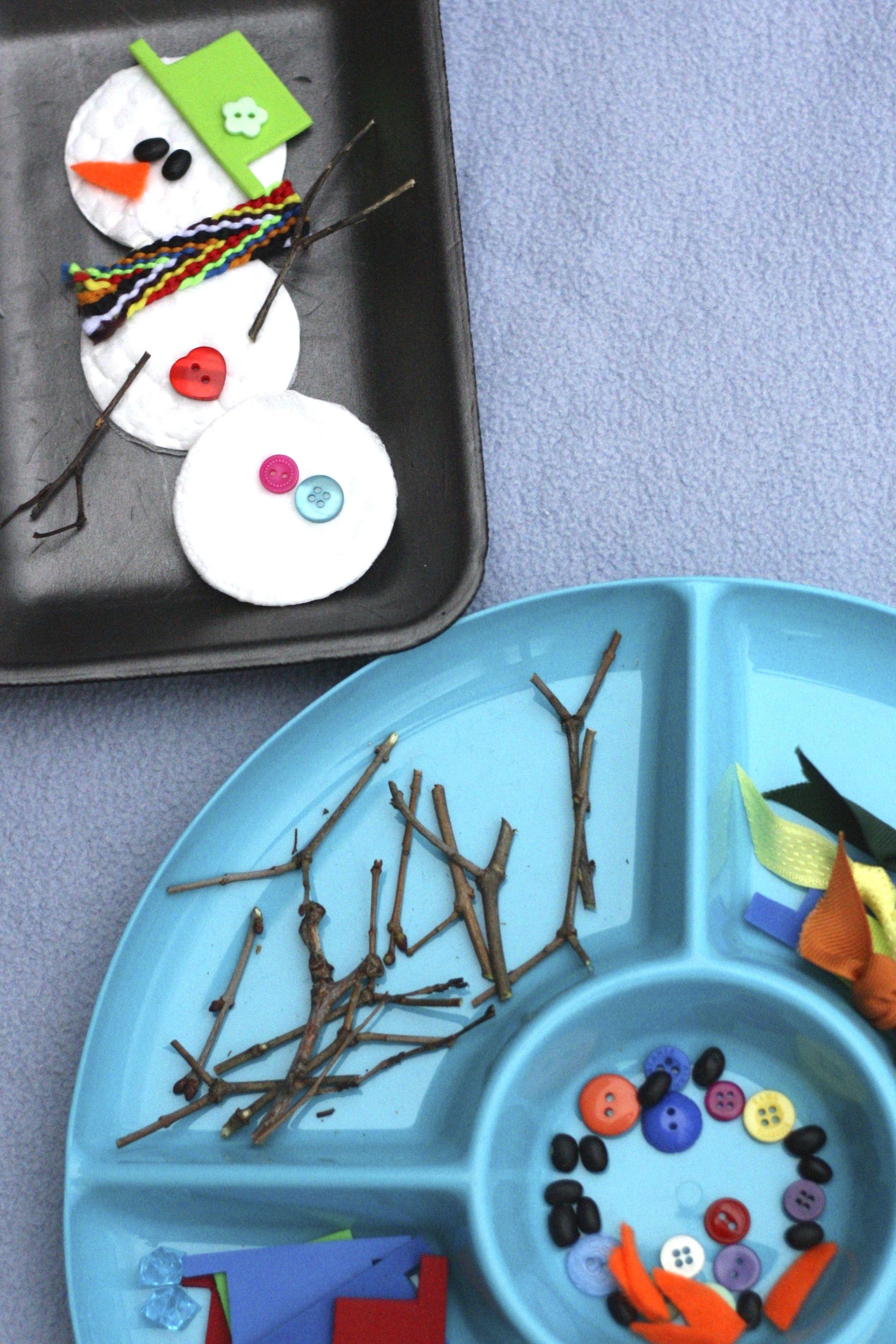 Build A Snowman Activity Tray For Preschoolers