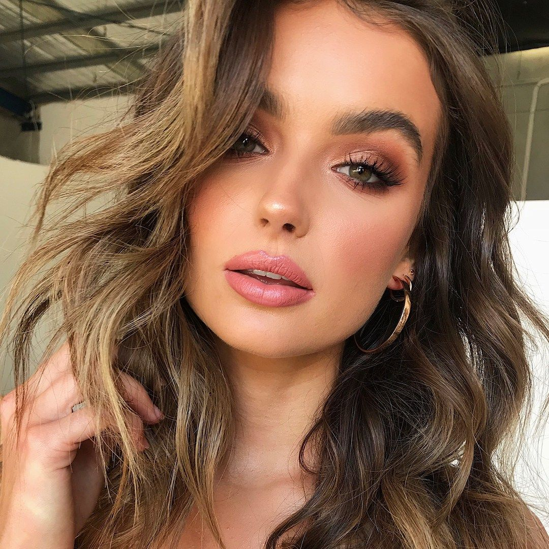Absolutely gorgeous natural makeup