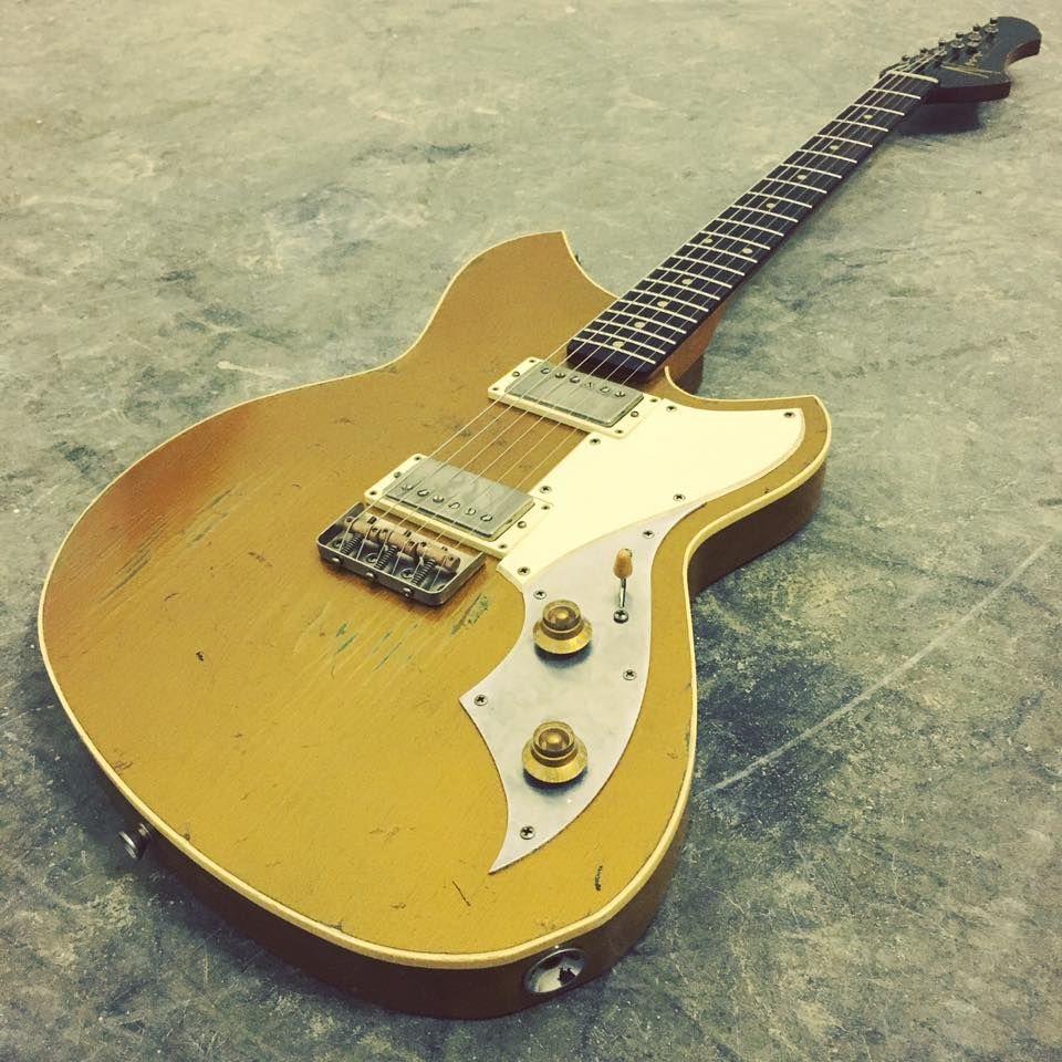 Novo Guitars Gold Top Serus T With Throbak Electronics Sle 101