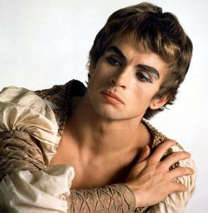Sebastian. Pretty boy. Makeup? | Rudolf nureyev, Nureyev, Male ...