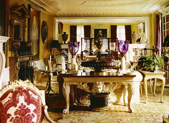 Oscar De La Renta Home famous folk at home: annette and oscar de la renta in park avenue