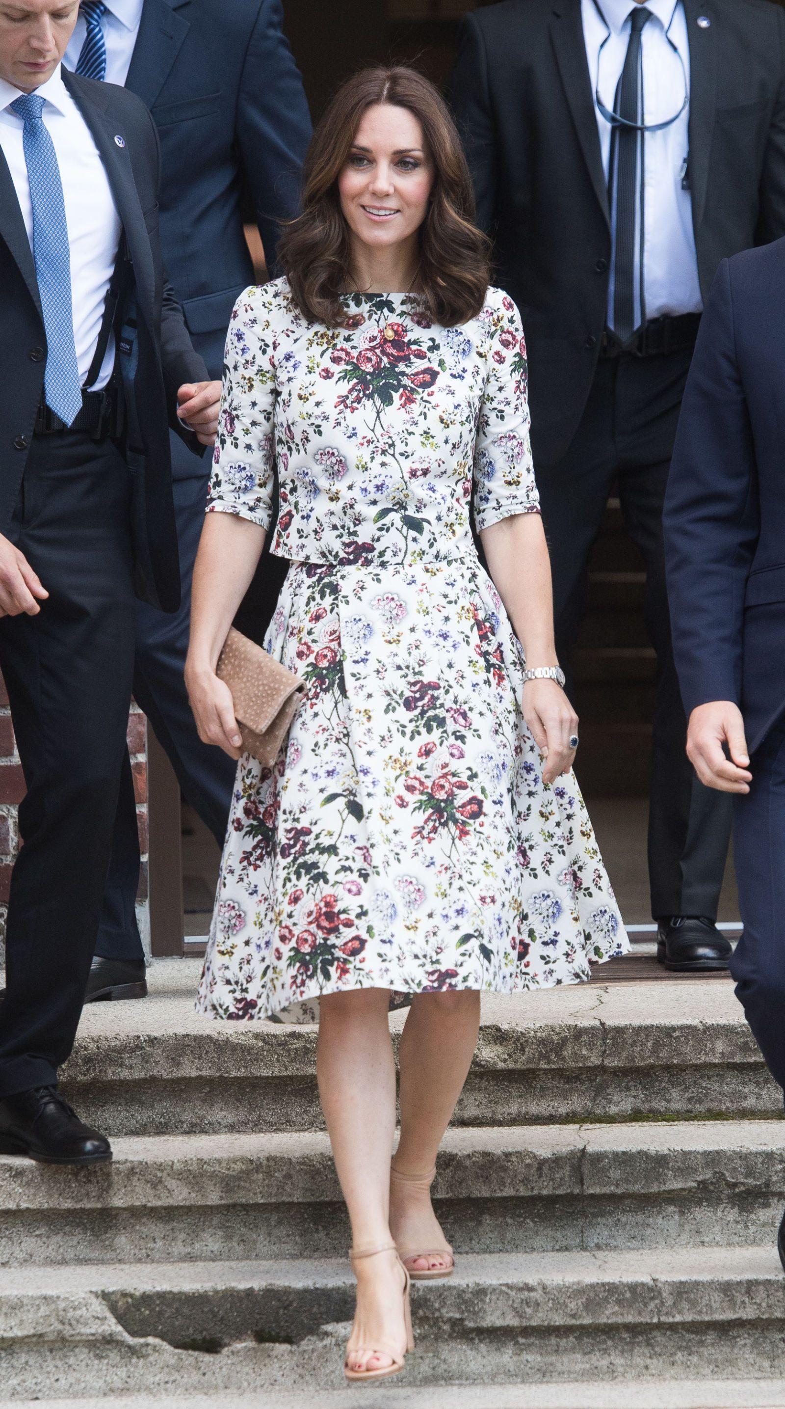 340eb22b11 Kate Middleton Stuns In Blue Elie Saab Dress At Royal Ascot | Kate ...