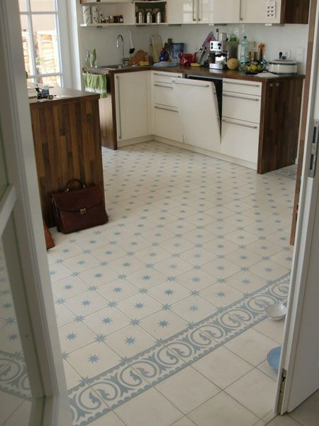 Küche mit Zementfliesen uni 41, Stern 7 und Calma 5 Küchen - bodenbelag küche vinyl