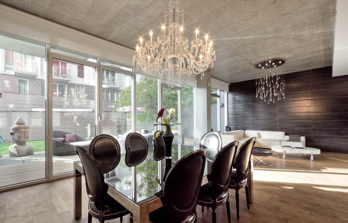 Modern ceiling designs for dining room - Lighting Industrial Ceiling Design Plus Marvelous Crystal Chandelier Beautify Apartment Dining Room Design That Also Have Luxury Dining Table With Glass