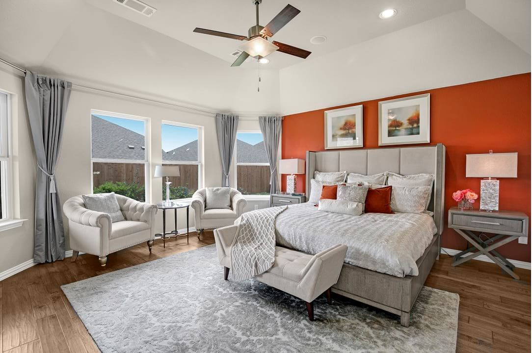 Dallas, Texas Gateway Parks Master Bedroom Home, New
