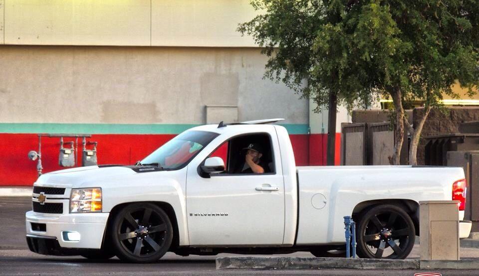 Houston Auto Sales >> White Pickup, Black Wheels, lowered, Slammed. | Low lows ...