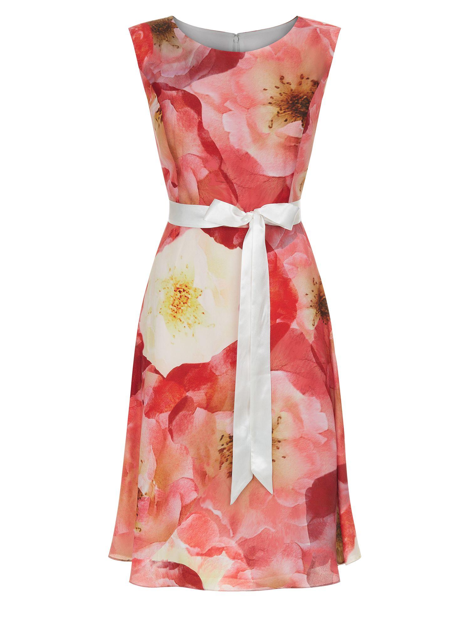Cocktail dresses for summer wedding  OVER EXPOSED POPPY DRESS  Closet Covets  Warm Season  Pinterest