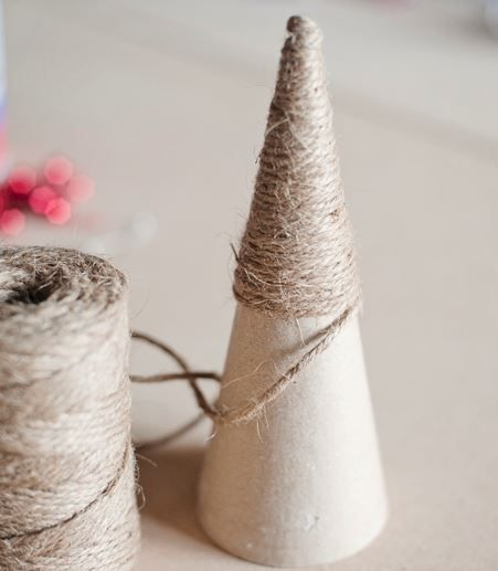 How To Make GORGEOUS Decorative Wrapped Christmas