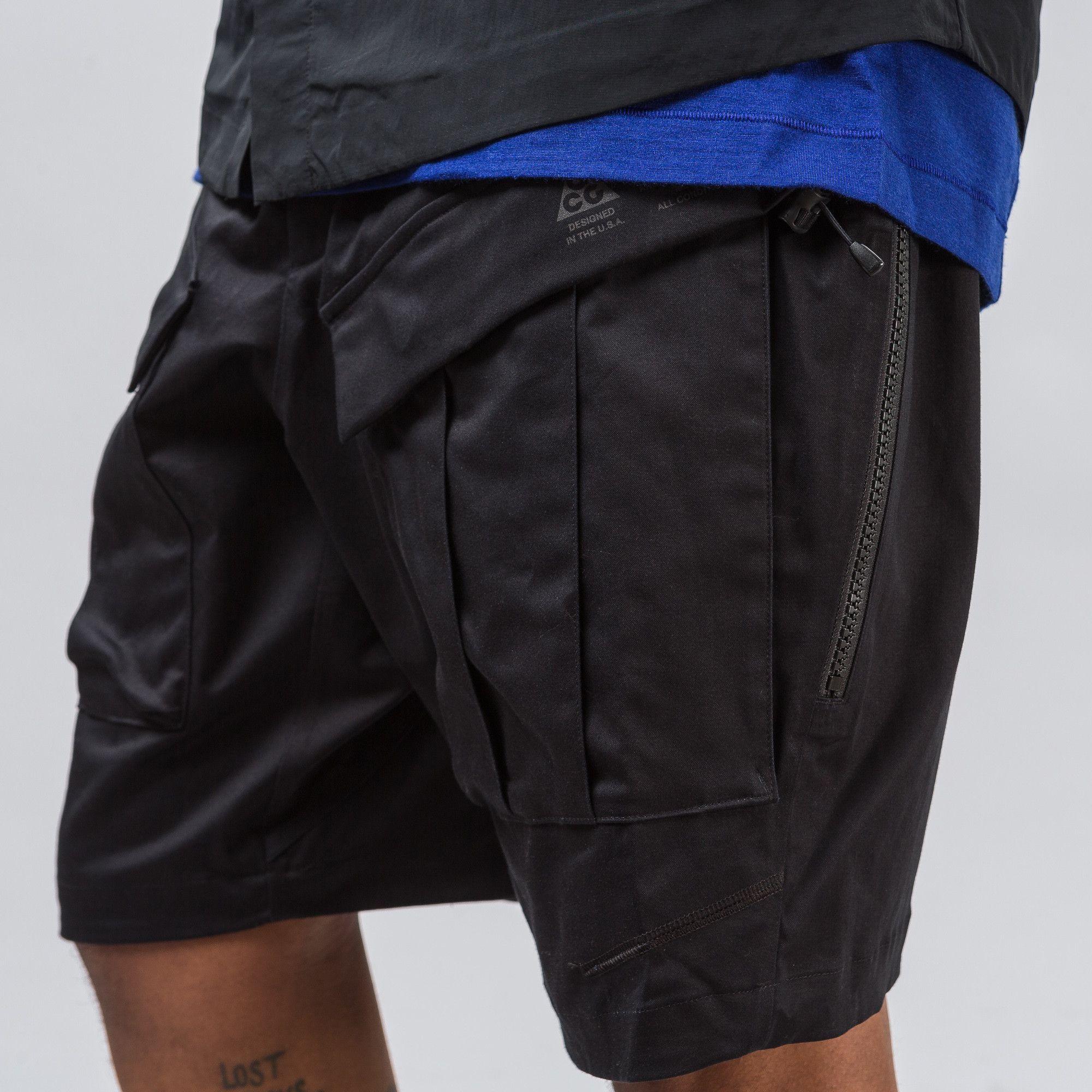 super popular 50d45 36990 Nike NikeLab ACG Cargo Short in Black - Notre