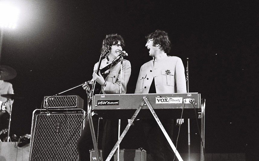photos of the beatles 1965 shea stadium concert go on