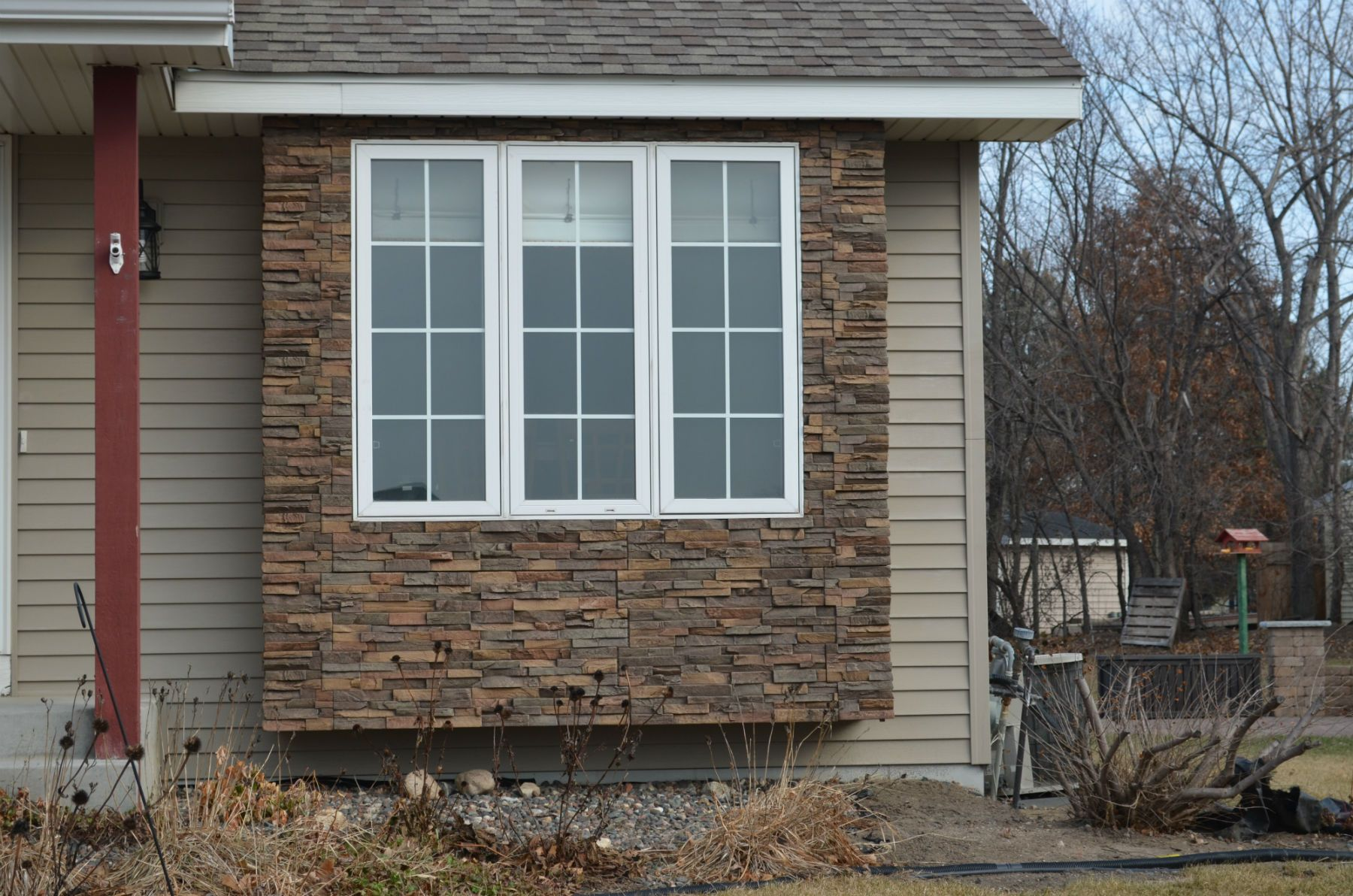Fascinating Faux Stone Siding For Wall Decorating Ideas In House ...