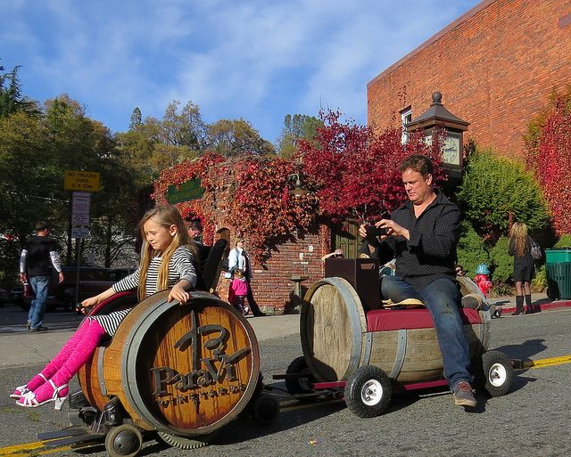 Para Vi Winery in Placerville Christmas Parade ParaVi Vineyards ...
