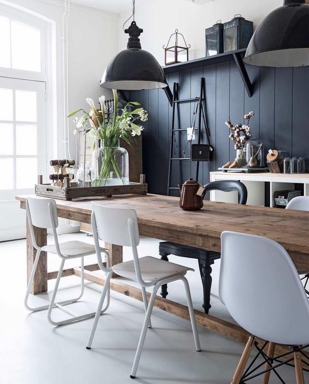 Rustic Modern Kitchen Table: Tall Black Wainscoting On Breakfast Nook Wall With Teal