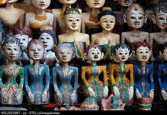 Traditional dolls as souvenirs, Ubud, central Bali, Bali, Indonesia, Southeast Asia, Asia