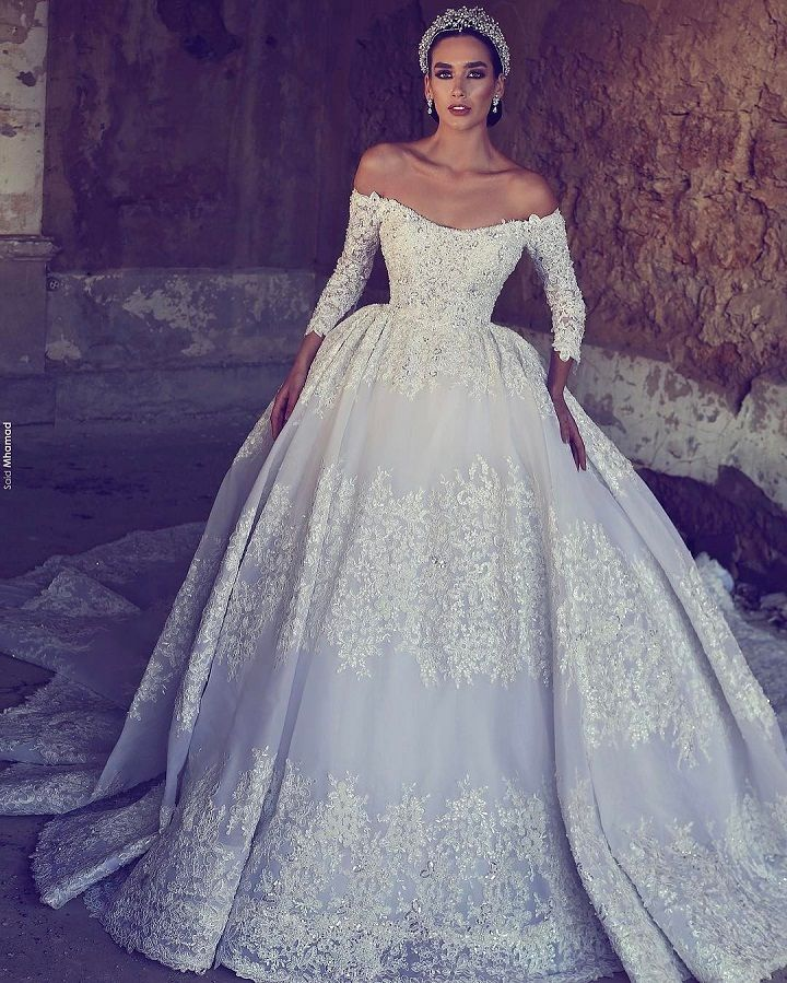 Princess ball gown wedding dresses fit for a fairytale wedding for Fairytale ball gown wedding dresses