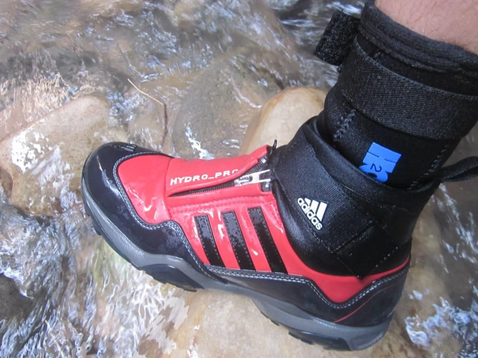 Zion Outfitter - gear rentals for hikes (especially shoes and socks for The  Narrows)