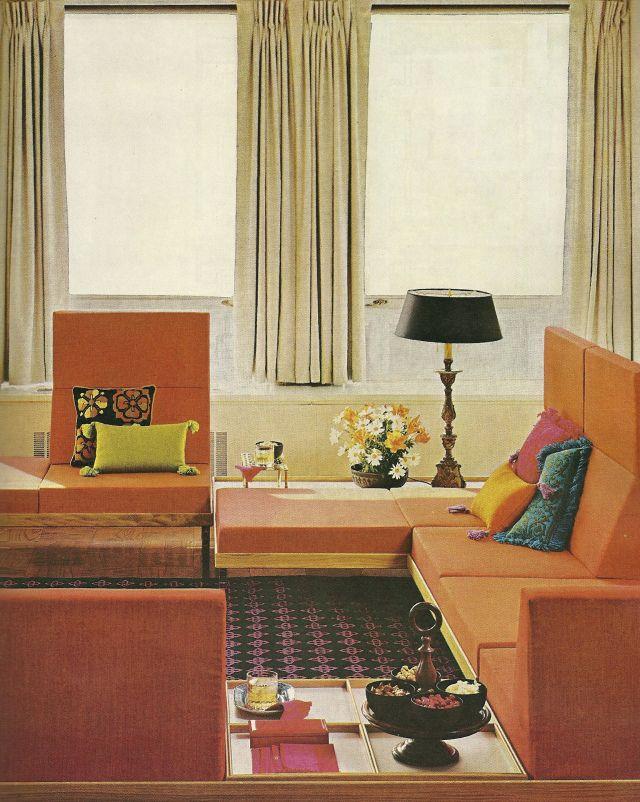 Vintage Decorating Colors Analogous Color Scheme With Pops